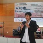 Haris GIMB menjadi pemateri di Syariah Academic Training