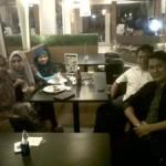 Suasana Cair Coach Meriza Hendri dan Siswa Batch 1